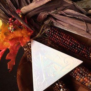 Other - KAT VON D Alchemist Holographic Palette